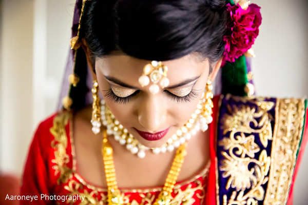 indian bride,indian bride makeup,indian wedding makeup,indian bridal hair and makeup,portraits of indian wedding,indian bridal fashions,indian bride photography,indian wedding photo