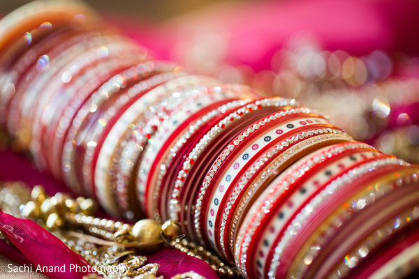 indian wedding bangles,bangles,wedding bangles,bridal bangles,bangles for indian bride,indian bridal bangles,indian wedding chura,indian wedding churis,indian wedding chooda,bridal chura,bridal churis,bridal chooda,bridal choodas,chura,churis,chooda