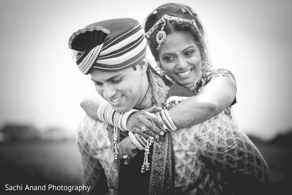 indian wedding portraits,indian wedding portrait,portraits of indian wedding,portraits of indian bride and groom,indian wedding portrait ideas,indian wedding photography,indian wedding photos,photos of bride and groom,indian bride and groom photography,outdoor wedding portraits,outdoor Indian wedding portraits,outdoor wedding portrait ideas,Indian bride and groom outdoor photo shoot,Indian outdoor photo shoot,outdoor Indian wedding photo shoot,Indian wedding outdoor photo shoot,field,black and white