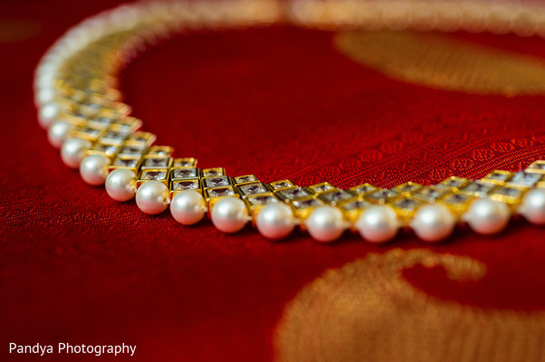 indian wedding necklace,necklace for indian bride,necklace for indian wedding,bridal necklace,indian wedding necklaces