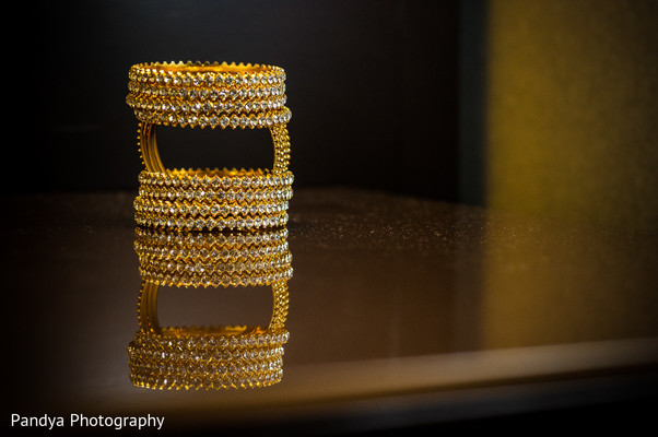 indian wedding bangles,bangles,wedding bangles,bridal bangles,bangles for indian bride,indian bridal bangles