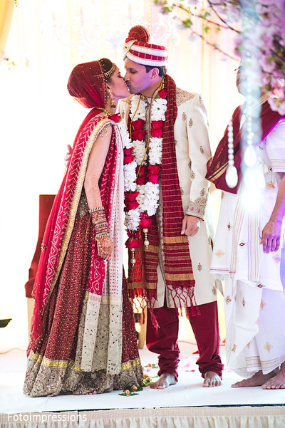 indian wedding lengha,indian bridal lengha,indian wedding lehenga,indian wedding lehenga choli,traditional indian wedding,indian wedding traditions,indian wedding customs,indian weddings