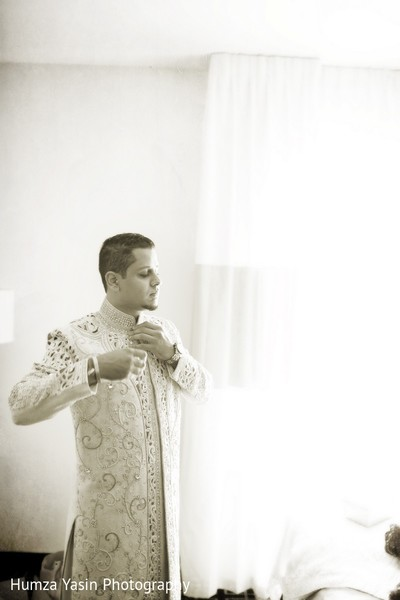 Getting Ready in Boerne, TX Indian Wedding by Humza Yasin Photography