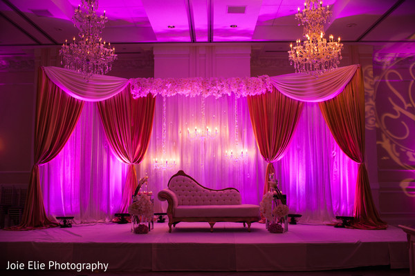 indian wedding ideas,indian wedding reception ideas,indian wedding reception,sweetheart stage