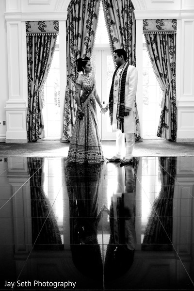 Indian wedding portraits,Indian wedding portrait,portraits of Indian wedding,portraits of Indian bride and groom,Indian wedding portrait ideas,Indian wedding photography,Indian wedding photos,photos of bride and groom,Indian bride and groom photography,black and white,black and white photo,black and white photos,black and white photography