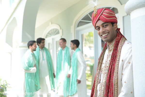 bridal party,Indian bridal party,Indian wedding party,wedding party,Indian bridal party portraits,wedding party portraits,Indian wedding party portraits,groomsmen,Indian groomsmen,Indian wedding groomsmen,Indian groomsmen outfits,Indian groomsmen outfit,groomsmen outfits