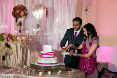 indian wedding cakes,indian weddings,indian wedding photography,indian bride and groom reception,indian wedding pictures,indian bride and groom photography,indian wedding reception photos,indian wedding reception