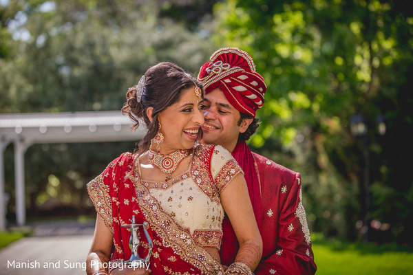 indian wedding party portraits,indian pre-wedding fashion,indian bride,indian wedding pre-wedding photos,indian wedding portraits,portraits of indian wedding,indian wedding ideas,indian wedding photography,indian wedding photo,indian bride and groom photography