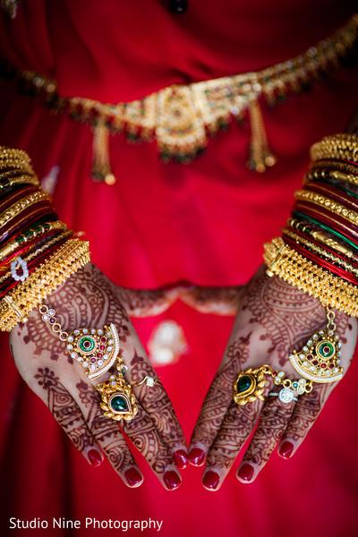Indian wedding portraits,Indian wedding portrait,portraits of Indian wedding,portraits of Indian bride and groom,Indian wedding portrait ideas,Indian wedding photography,Indian wedding photos,photos of bride and groom,Indian bride and groom photography,bridal mehndi,bridal henna,henna,mehndi,mehndi for Indian bride,henna for Indian bride,mehndi artist,henna artist,mehndi designs,henna designs,mehndi design