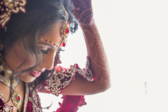 An Indian bride and groom wed in a gorgeous Hindu ceremony!