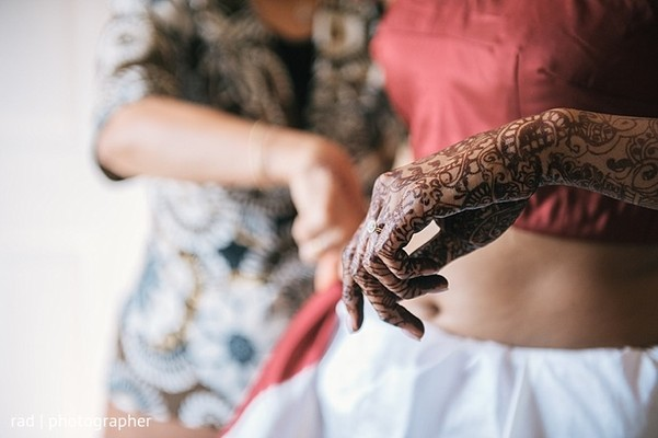 Getting Ready in Cleveland, OH Indian Fusion Wedding by Rad Photographer