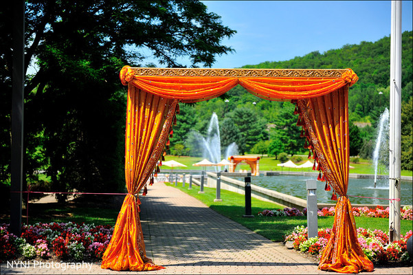 Wedding venue in Mahwah, NJ Indian Wedding by NYNJ Photography