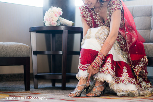 bride getting ready,Indian bride getting ready,getting ready images,getting ready photography,getting read,wedding lengha,bridal lengha,lengha,Indian wedding lenghas,wedding lenghas,lenghas,bridal lenghas,Indian wedding lehenga,wedding lehenga,bridal lehenga,lehengas,lehenga