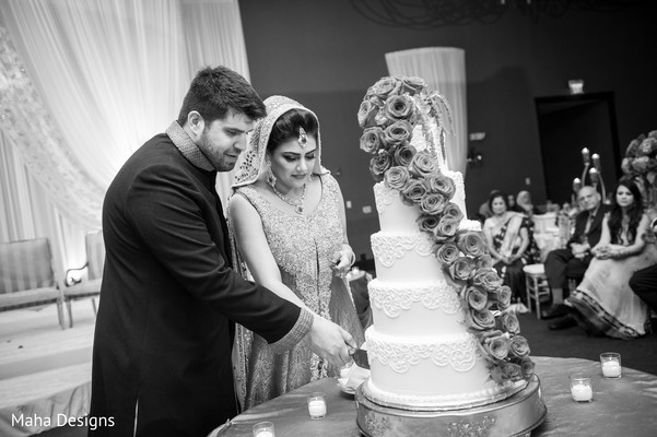 traditional indian wedding,indian weddings,indian wedding cakes,indian wedding photography,indian bride and groom reception,indian wedding pictures,indian bride and groom photography,indian wedding reception photos,indian wedding reception