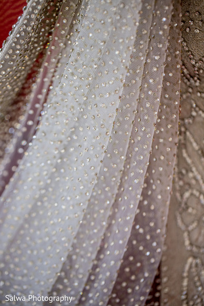 bride getting ready,Indian bride getting ready,getting ready images,getting ready photography,getting ready,reception bridal outfit,reception attire,reception outfit,reception fashion,reception clothing,reception outfits for bride,bridal fashion reception