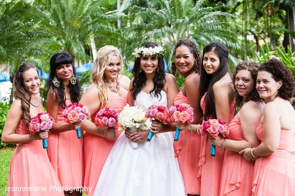 Bridal Party in Honolulu, HI Fusion Destination by Jeannemarie Photography