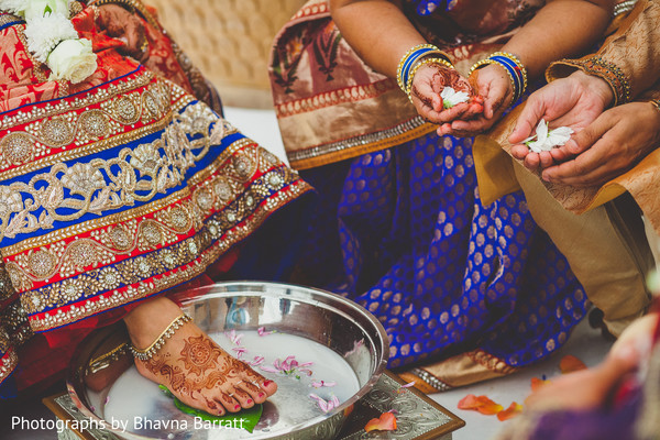Ceremony in Hertfordshire, UK Indian Wedding by Photographs by Bhavna Barratt