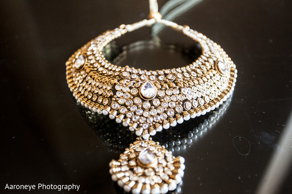 indian wedding necklace,indian wedding jewelry,indian weddings,gold indian wedding jewelry