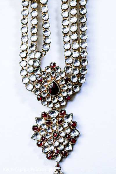 Indian bride jewelry,Indian wedding jewelry,Indian bridal jewelry,Indian jewelry,Indian wedding jewelry for brides,Indian bridal jewelry sets,bridal Indian jewelry,Indian wedding jewelry sets for brides,Indian wedding jewelry sets,wedding jewelry Indian bride,Indian wedding necklace,necklace for Indian bride,necklace for Indian wedding,bridal necklace,Indian wedding necklaces