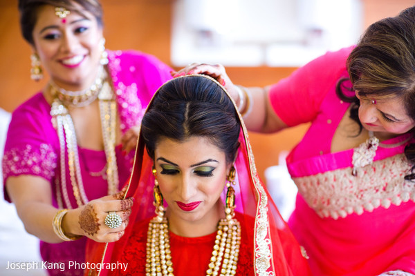 Getting ready in Chicago, IL Indian Fusion Wedding by Joseph Kang Photography