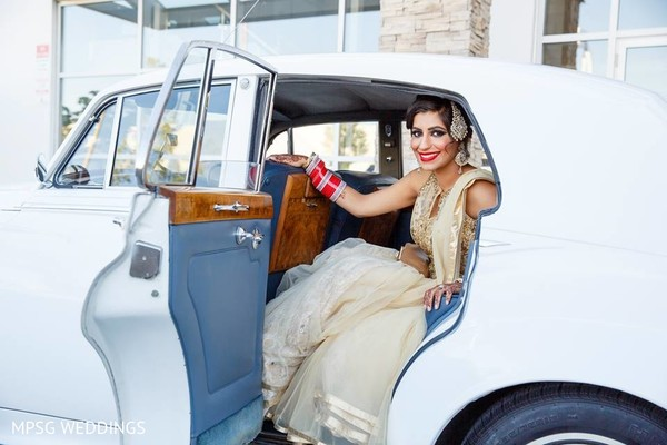 Reception in Ontario, Canada Indian Wedding by Mississauga Photography Studio & Gallery