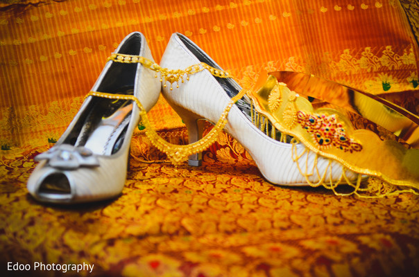 Getting Ready in San Antonio, TX Indian Wedding by Edoo Photography