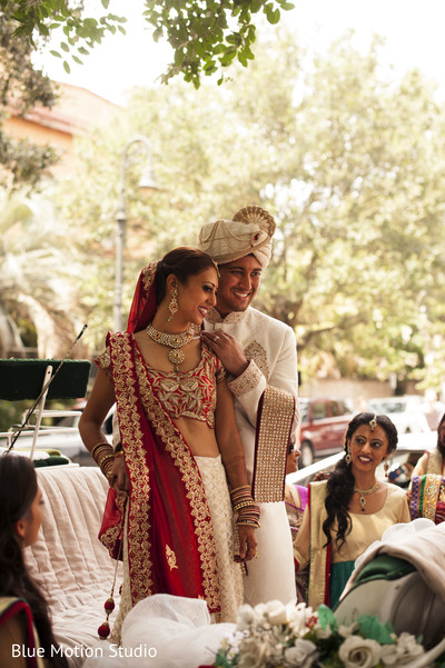 Ceremony in Savannah, GA Indian Wedding by Blue Motion Studio