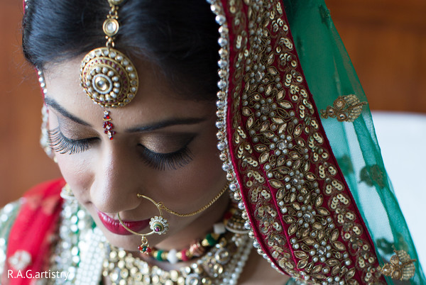 Getting ready in Oakbrook Terrace, Illinois Indian Wedding by R.A.G Artistry