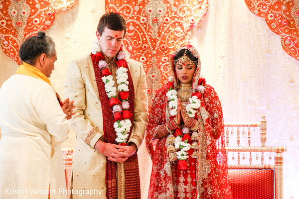mandap,mandap design,Indian wedding design,Indian wedding decor,wedding ceremony decor,wedding mandap,Indian wedding mandap,mandap for Indian wedding,Indian wedding ceremony decor