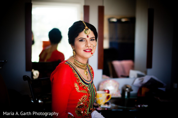 Getting ready in Alexandria, VA Indian Wedding by Maria A. Garth Photography