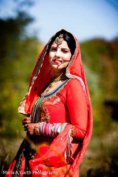 portrait of Indian bride,Indian bridal portraits,Indian bridal portrait,Indian bridal fashions,Indian bride,Indian bride photography,Indian bride photo shoot,photos of Indian bride,portraits of Indian bride