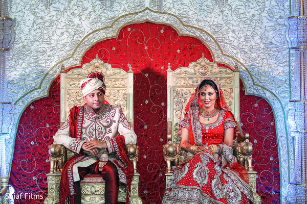 indian wedding photography,indian bride and groom reception,indian wedding pictures,indian bride and groom photography,indian wedding reception photos,indian wedding reception