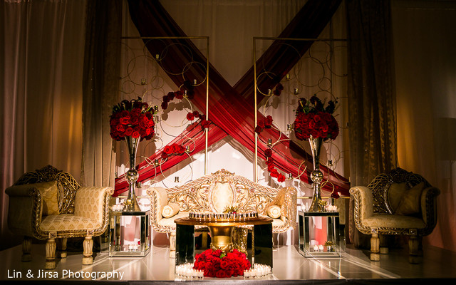sweetheart stage,reception decor