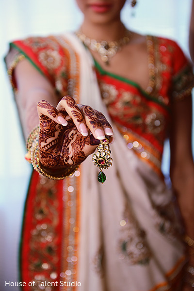 Getting ready in Mahwah, NJ Indian Wedding by House of Talent Studio
