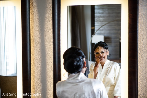 Getting ready in Long Island, NY Indian Wedding by Ajit Singh Photography