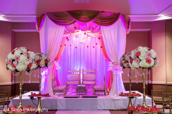 ceremony venue,wedding ceremony venue,Indian wedding ceremony venue,beautiful wedding venue,beautiful Indian wedding venue,mandap