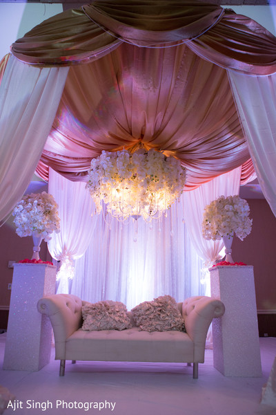 Reception Decor in Mahwah, NJ Indian Wedding by Ajit Singh Photography
