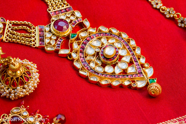 indian weddings,gold indian wedding jewelry,indian bridal jewelry