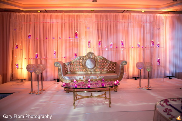 reception decor,sweetheart stage