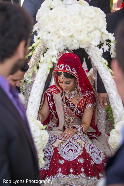 Ceremony in Memphis, TN Indian Wedding by Rob Lyons Photography