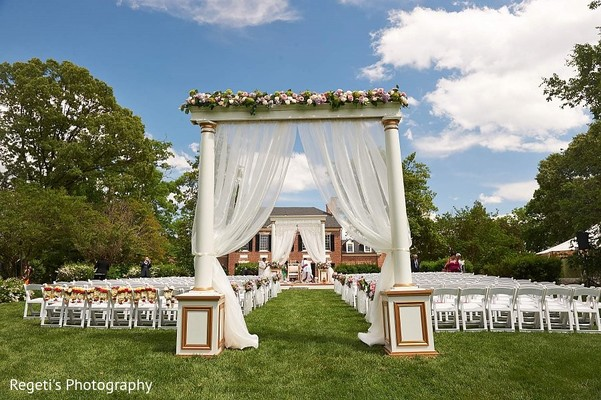 Floral & Decor in Alexandria, VA Indian Wedding by Regeti's Photography