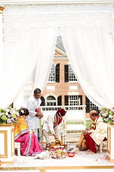 Ceremony in Alexandria, VA Indian Wedding by Regeti's Photography