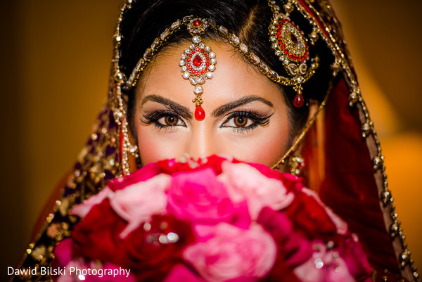 pink bridal bouquet,pink Indian bridal bouquet,pink Indian bouquet,pink Indian wedding bouquet,pink wedding bouquet,pink bouquet for Indian bride,pink bouquet,portrait of Indian bride,Indian bridal portraits,Indian bridal portrait,Indian bridal fashions,Indian bride,Indian bride photography,Indian bride photo shoot,photos of Indian bride,portraits of Indian bride
