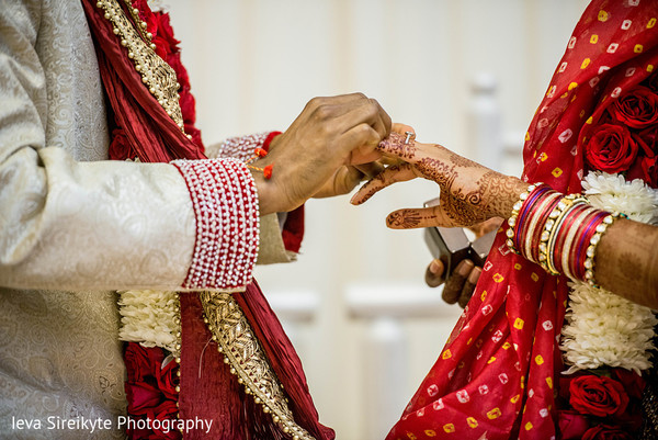 Ceremony in Park Ridge, NJ Indian Wedding by Ieva Sireikyte Photography