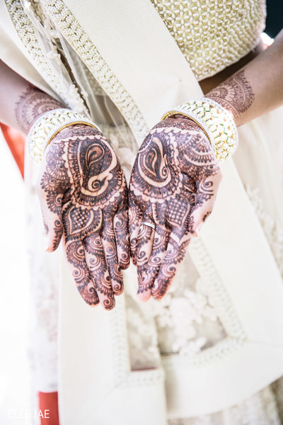 indian bridal mehndi,indian bridal henna,indian wedding henna,indian wedding mehndi,mehndi for indian bride,henna for indian bride,mehndi artist,henna artist,indian wedding design