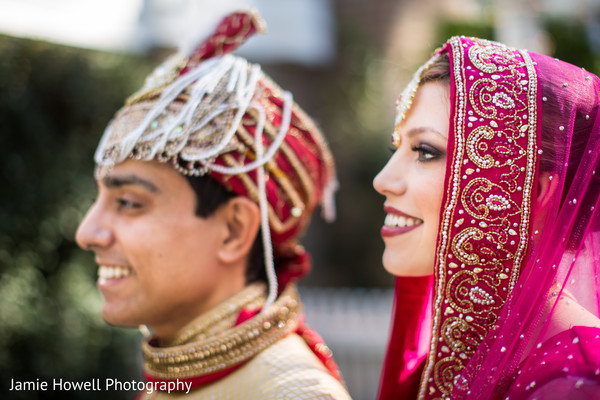 First Look in Savannah, GA Indian Fusion Wedding by Jamie Howell Photography