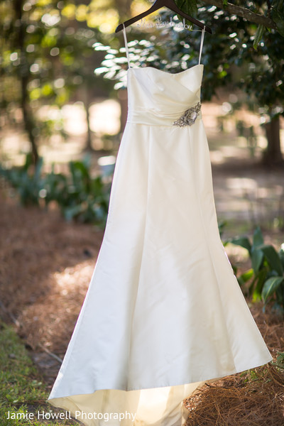 Bridal Fashion in Savannah, GA Indian Fusion Wedding by Jamie Howell Photography