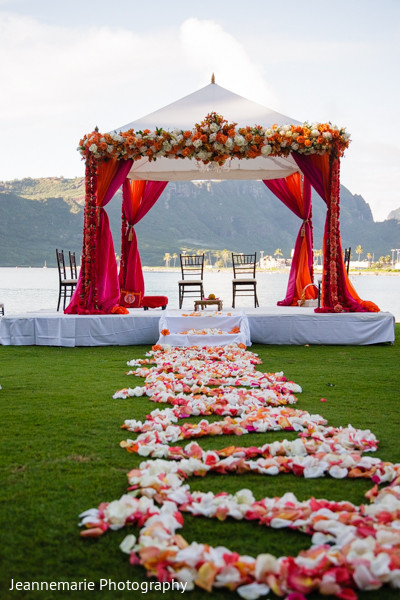 Mandap in Lihue, HI South Indian Fusion Wedding by Jeannemarie Photography