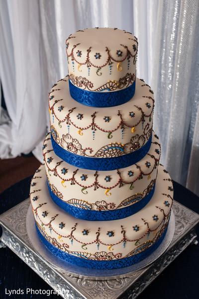 Indian wedding cake,Indian wedding cakes,wedding cake,wedding cakes,Indian wedding ideas,ideas for Indian wedding reception,reception,indian reception,indian wedding reception,wedding reception
