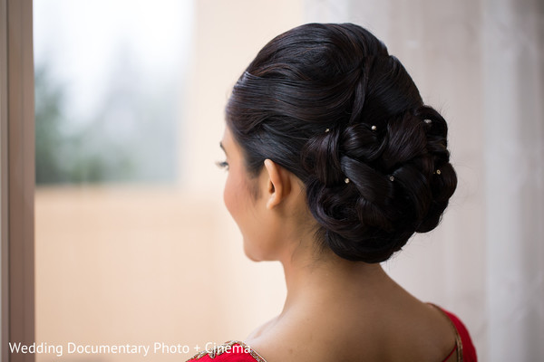 indian bride getting ready,indian bridal hair accessories,indian bride hairstyles